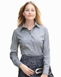 Van Heusen Women's 3.4 Ounce Long Sleeve Silky Poplin Shirt